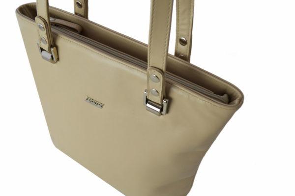 Бежевая сумка ariana beige детали 6