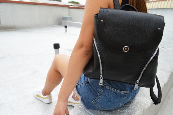 Черный женский кожаный рюкзак Мони детали 2
