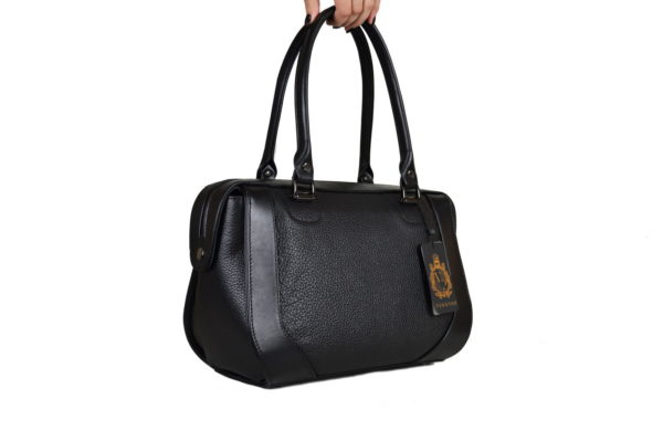 Кожаная сумка Yana Chernaya Pekotof ф. 2