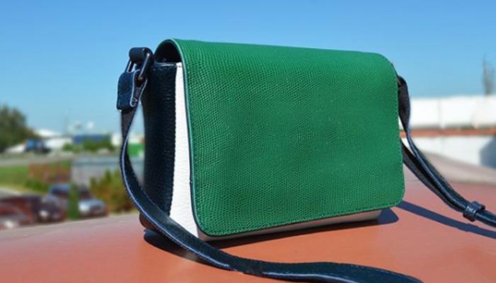 Жіноча сумка через плече фото