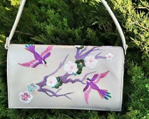 цветная сумка с птицами